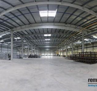 Polnisches Stahlbauunternehmen für Industriehallen.