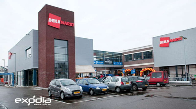The Dutch supermarket chain Deka Markt has a big range of products.
