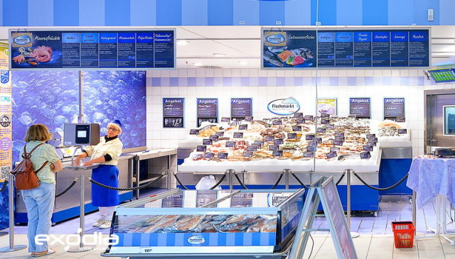 Fresh fish in the German grocery store Real