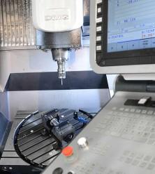 Niemiecka firma zajmująca się obróbką metalu - Dombovari.