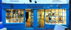 Pecksniff's firma kosmetyczna z Wielkiej Brytanii.
