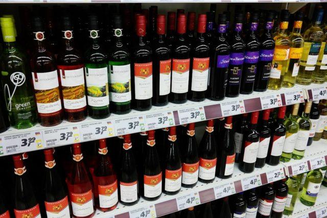 Wybór niemieckich win czerwonych i białych